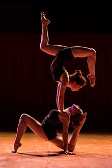contort - Adagio_by_Compagnie_Rions_Noir