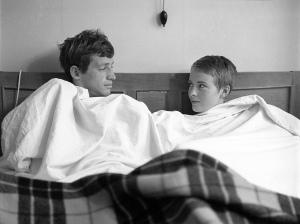 Jean-Paul Belmondo and Jean Seberg on the set of 'À bout de souffle' (Breathless), photo by Raymond Cauchetier