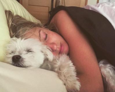 dog-cuddle-big-spoon (or snuggling?)