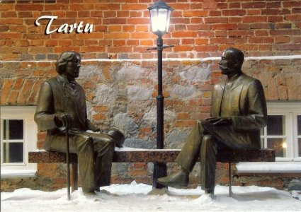 Sculpture of Oscar Wilde and Estonian writer Eduard Vilde, in front of Café Wilde, 1999, sculptor Tiiu Kirsipuu, Tartu, Estonia