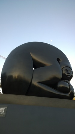 Jiménez Deredia, sculpture in San José, Feb 19 - 1